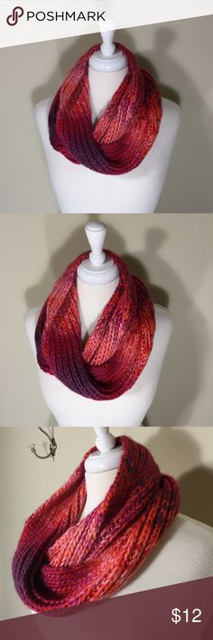 The Limited Knit Infinity Scarf Excellent condition; 100% acrylic. Bundle Discount Available! The Limited Accessories Scarves & Wraps