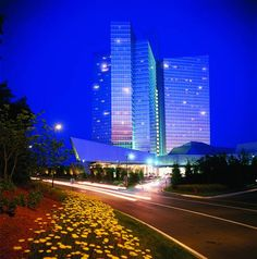 Mohegan Sun (1 Mohegan Sun Boulevard) The Mohegan Sun in Montville, Connecticut has on-site activities like gambling in the casino, lounging in the nightclub and relaxing in the spa centre. Free Wi-Fi is also provided. #bestworldhotels #hotel #hotels #travel #us #connecticut