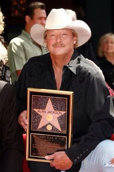 A true Star! Hollywood walk of fame. Country Western Songs, Country Bands, Country Men, Country Music Artists, Country Music Stars, Country Singers, Allen Jackson, David Allan Coe, Jackson Music