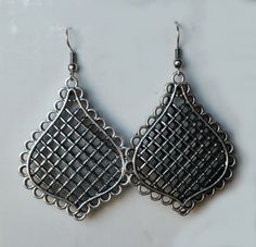 Aros de plata http://ropa-usada.vivavisos.com.ar/accesorios-usados+palermo-soho/aros-de-plata-liviana--grandes--disenos-increibles--hermosos/27633881