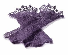 Crochet Crown, Crochet Lace, Crochet Hooks, Celine, Cable Knitting, Lace Cuffs, Harry Potter, Crochet Needles, Pearl And Lace