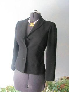 MAGGY LONDON Petites Black Beaded Collar Long Sleeve Suit Blazer / Jacket Size 6 #MaggyLondon #Blazer