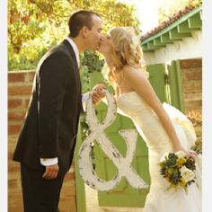 Great wedding or anniversary pic idea