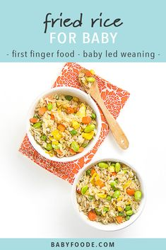 "This Easy Veggie ""Fried"" Rice is a healthy toddler and baby meal. Filled with veggies, protein as well as a ton of flavor – this easy dinner is great for the whole family. Perfect for baby-led weaning as well as the finger food stage. Source by babyfoode Homemade Baby Puffs, Homemade Baby Snacks, Baby Puree Recipes, Baby Food Recipes, Baby Recipes, Baby Led Weaning, Toddler Meals, Kids Meals, Toddler Food"