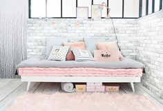 Pink, white and grey children's bedroom | Maisons du Monde
