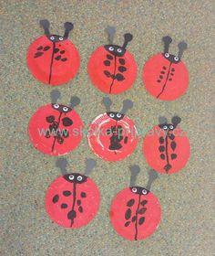 Jarní přípravy v MŠ - o beruškách Jar, Kids Rugs, Decor, Decoration, Kid Friendly Rugs, Decorating, Jars, Glass, Nursery Rugs