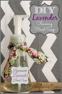 DIY Foaming Hand Soap {with Lavender Essential Oil} #youngliving #oilyfamilies #yleo