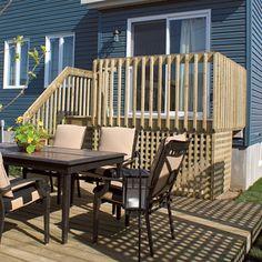 Planimage cette terrasse en bois est sur lev e et ancr e l arri re de l - Construire terrasse surelevee ...