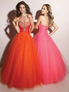 like the dress hate the color