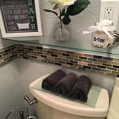 It doesn't take a whole lot to have a nice put together 🏡 home #restroomdecor #99centsonlystore #decor #dealsandsteals #simplebutcute 🛁🚽❤️