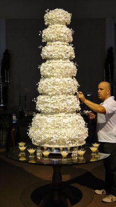 Vem ver os os Bolos de Casamento de Júnior Vieira, o Cake Designer mais badalado do ES! Super inspiração para as noivinhas de plantão, confiram: