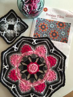 so pretty, no pattern Persian crochetPersian crochet - beautiful, but I don't think I have the patience for it!The Crocheting Andreas — podkins: Beautiful!Persian Tile Blanket by Jane Crowfoot Amazing Blankets The main motif (octagon) in different beaut Crochet Motifs, Crochet Blocks, Crochet Art, Crochet Squares, Love Crochet, Crochet Crafts, Yarn Crafts, Crochet Stitches, Granny Squares