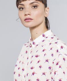 Il 20 settembre moda e illustrazione si fondono da MAD Zone - Illustrashion è uno degli appuntamenti da non perdere di Vogue Fashion's Night Out Milano 2016. Scopriamo perché. (nella foto di copertina: TARTE TATIN_piccoli pezzi in seta_@MAD Zone concept store_VFNO) - Read full story here: http://www.fashiontimes.it/2016/09/il-20-settembre-moda-e-illustrazione-si-fondono-da-mad-zone/