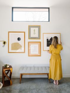 How to Create A Meaningful Gallery Wall - The Effortless Chic