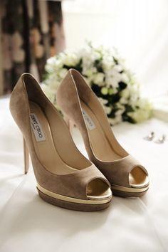 Impresionantes Jimmy Choo!! una elección inmejorable para tu vestido de novia. Beatriz Alvaro Alta Costura