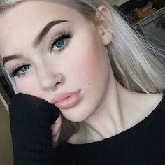 Piercings Nose – Super adorable no pierce nose hoop ! Super trendy and great for those without pi… – Tatto und Piercing Makeup Goals, Beauty Makeup, Hair Makeup, Hair Beauty, Rock Makeup, Makeup Style, Beauty Skin, Piercings Bonitos, Piercing Face