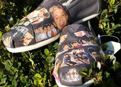 One Direction Fan Custom Photo Toms or Vans Shoes Harry Louis Niall Zayn Liam One Direction Shoes, One Direction Gifts, Custom Shoes, Custom Clothes, Vans Shoes, Valentine Gifts, Me Too Shoes, Hiking Boots, Toms