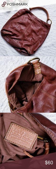 59 Best Sacos de couro images   Leather bum bags, Beige tote bags ... b0f763767d
