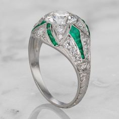 Solid-925-Sterling-Silver-1-86Ct-Round-CZ-Bezel-With-Emerald-Engagement-Ring