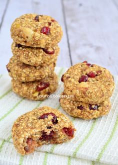 Havermout banaan koekjes met cranberries en noten
