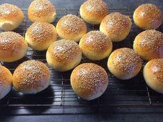 Verdens luftigste rundstykker - Bremykt Hamburger, Recipes, Drink, Bakken, Beverage, Burgers, Ripped Recipes, Cooking Recipes