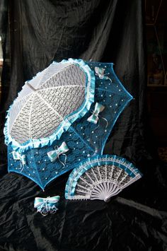 Wedding accessory Blue White Bride Wedding accessories Vintage Umbrella and fan Lace Parasol Photo Session Props Lace Floral Movie Props Theatre Wedding, Wedding Fans, Wedding Bride, Vintage Accessories, Wedding Accessories, Vintage Umbrella, Romantic Images, Lace Weddings, Personalized Wedding