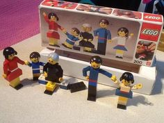 1970's VINTAGE 200 CLASSIC LEGO TOWN HOMEMAKER LEGO PEOPLE FAMILY BUILDING SET