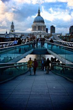 Millenium Bridge, London, UK    #places #London
