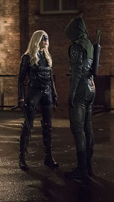 Black Canary with green arrow