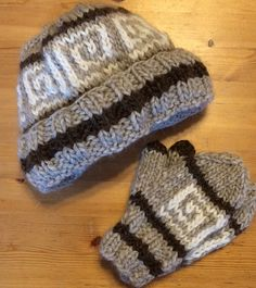 23129452210 Cowichan-Inspired Hats and Mittens