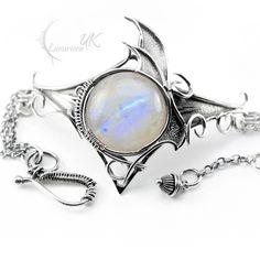 XYTSHAR bracelet en argent, wire wrapping technique : Bracelet par lunarieen-uk