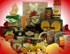 916 The Spirit of Christmas Pamper Hamper, Baby Gift Hampers, Corporate Gift Baskets, Corporate Gifts, Christmas Gift Baskets, Christmas Gifts, Thank You Gifts, Gifts For Him, Chocolate Hampers