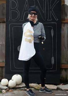 Looking for a last minute no-sew Halloween costume or a costume for a race. This superfast Bandit might do the trick.  Pattern and Instructions @LiaGriffith