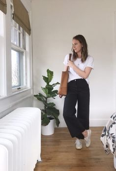 how to style cropped wide leg pants | Lindsey Kubly... - Total Street Style Looks And Fashion Outfit Ideas