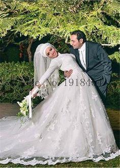 Muslim Wedding Dresses Lace Long Sleeve Vestidos de Noiva 2017 A Line Wedding Dress Appliques Beach Bridal Gown Robe de Marriage