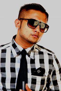 Buddies Check this Video Unleashing the Copied  compositions of the Punjab Rapster Yo! Yo! Honey Singh