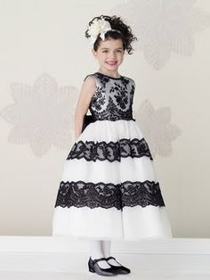 Si quieres ver mas vestidos de estos visita mis otros blog 1- http://vestidosdefiestadamas.blogspot.com/p/vestidos-ninas.html 2- ...