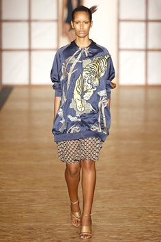 Catwalk photos and all the looks from Lenny Niemeyer Spring/Summer 2017 Ready-To-Wear Sao Paolo Fashion Week