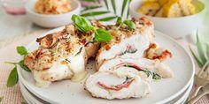 Fylt kyllingfilet med godsaker på grillen | Coop Mega Frisk, Mozzarella, Shrimp, Food And Drink, Meat