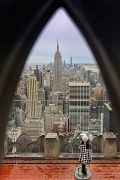Rockefeller Center Observation Deck NYC + 25 Most Instagrammable Places in NYC // Local Adventurer #nyc #newyork #newyorkcity #usa #travel #bigapple #totr #view #city #skyline