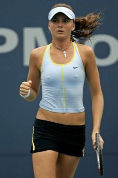 Athletic Women, Athletic Tank Tops, Tennis Players Female, Sport Tennis, Tennis Stars, Tennis Clothes, Sporty Girls, Fitness Women, Photography
