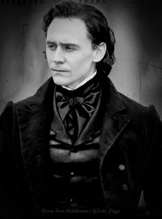 Oooooooh love this, the B+W makes this look perfectly period-esque!! Tom HIddleston in Crimson Peak