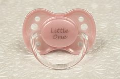 This adorable baby pink Little One Dummy is simply adorable. The perfect pacifier for any adult baby, little, or middle. This is a NUK size 3 Daddys Little, Ddlg Pacifier, Bling Pacifier, Ddlg Little, Daddy Kitten, Baby Binky, Baby Pacifiers, Kittens Playing, Reborn Dolls