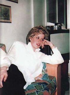 diana princess of wales rare pictures Princess Diana Photos, Princess Diana Family, Royal Princess, Princess Of Wales, Lady Diana Spencer, Princesa Diana, Photos Rares, Prinz William, Prinz Harry