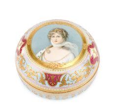 Royal Vienna Style Porcelain Portrait Dresser Box
