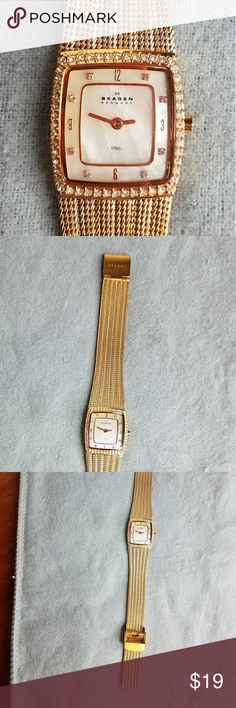 Skagen rose gold watch Skagen rose gold mesh bracelet watch with mother of pearl and crystals.  Adjustable clasp.  From nordstrom.  Pics look gold but it is rose gold.  Needs battery Skagen Jewelry Bracelets