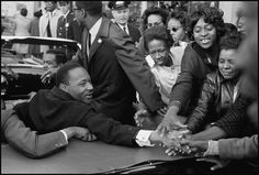 In honor of Martin Luther King, Jr. Day, we share Leonard Freed's photo of King greeting a crowd in Baltimore upon returning to the United States after winning the Nobel Peace Prize in [Leonard. Martin Luther King, Magnum Photos, Leonard Freed, Atlanta, Georgia, Dr Martins, Civil Rights Leaders, Nobel Peace Prize, Iconic Photos