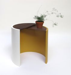 Table Moiré via Goodmoods