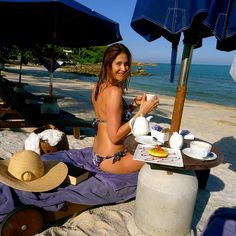Radio presenter and model, Lisa Snowdon, on Koh Samui #detox break