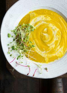 Thai Red Curry Coconut Kabocha Squash Soup